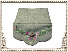 Neceser con bordados en cintas Patches, Embroidery, Sewing, Scrappy Quilts, Fabric Purses, Cosmetic Bag, Bias Tape, Dressmaking, Lavender