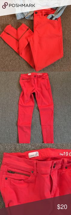 """Gap Legging Jeans Gorgeous red poppy color (very slightly faded from wash wear). I'm the 2nd owner and have worn less than 5x. The zipper front pockets and on the back legs puts these over the top cool. 26.5"""" inseam GAP Jeans Skinny"""