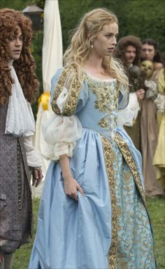 This gown was first seen in the 2015 New Worlds Mini-Series, where it was worn on Freya Mavor as Beth. The gown was used again on a model for use in various advertisements for the Angels the. Renaissance Mode, Renaissance Dresses, Renaissance Fashion, Medieval Dress, Medieval Clothing, Historical Clothing, Historical Photos, Italian Renaissance Dress, Tudor Fashion