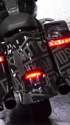Ride fast die last :: t shirts harley davidson street glide backrest Harley Street Glide, Harley Davidson Street Glide, Harley Davidson Motorcycles, Custom Motorcycles, Custom Baggers, Custom Bikes, Custom Street Glide, Victory Motorcycles, Harley Bagger