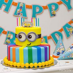 Despicable Me cake, this is so cute I love Minions! Minion Torte, Bolo Minion, Minion Cakes, Fancy Cakes, Cute Cakes, Fondant Cakes, Cupcake Cakes, Despicable Me Cake, Minion Birthday