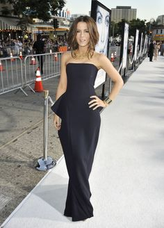 """Kate Beckinsale Pictures - Premiere Of Warner Bros' """"Whiteout"""" - Arrivals - Zimbio"""