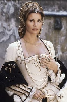 "summers-in-hollywood: ""Raquel Welch in The Three Musketeers, 1973 "" Timeless Beauty, Classic Beauty, Mode Renaissance, The Three Musketeers, Jane Birkin, Movie Costumes, Historical Costume, Beautiful Actresses, Costume Design"