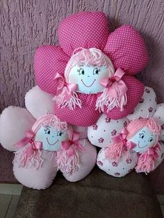 - Best Picture For diy For Your Taste You are looking for something, and it is going to tell you ex - Doll Crafts, Diy Doll, Sewing Crafts, Pillow Crafts, Fabric Crafts, Diy And Crafts, Crafts For Kids, Baby Sewing Projects, Flower Pillow