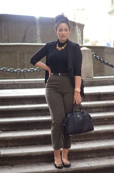 fitted turtleneck with ankle cut trousers || fall style staples