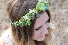 How to Make a Succulent Crown | Pretty Prudent
