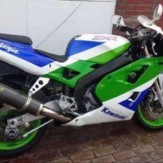 Kawasaki ZXR 400 '92 #tekoop #aangeboden in de groep van #Motortreffer (zie: www.facebook.com/groups/motorentekoopmt) #motorentekoopmtk #kawasakimotors #kawasakinederland #kawasakifansclub #kawasaki #kawasakizxr #kawasakizxr400 #sportbike #sportmotor #loekbodeliermotorcycles