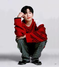 Daniel K, Produce 101 Season 2, Cute Icons, Pop Group, Casual Wear, Men Sweater, Singer, Kpop, Celebrities