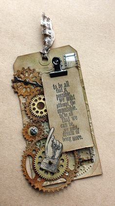 I Skrapovaya 12 tags from Tim Holtz. This is from Jan of my fave tutorials & tag we all did of Tim Holtz! Scrapbooking Steampunk, Tim Holtz, Card Tags, Gift Tags, Steampunk Cards, Handmade Tags, Paper Tags, Artist Trading Cards, Vintage Tags