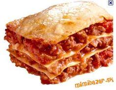 Bolonská omáčka:<br>Olej, jemne nasekanú cibuľu a prelisovaný cesnak osmažte do mäkka. Vmiešajte mäs... Beef Lasagne, Lasagne Recipes, Newfoundland Recipes, How To Make Lasagna, Making Lasagna, Great Recipes, Favorite Recipes, Slow Cooker Lasagna, Evening Meals