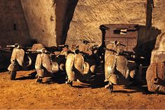 Vespa archeology in the catacombs of Naples - Classic Scene-Blog Vespa & Lambretta - SIP Scootershop Community