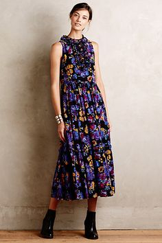 Karen Walker Marigold Maxi Dress | I don't usually like floral printed dress, but this is an exception. And the styling from head to toe is immaculate.