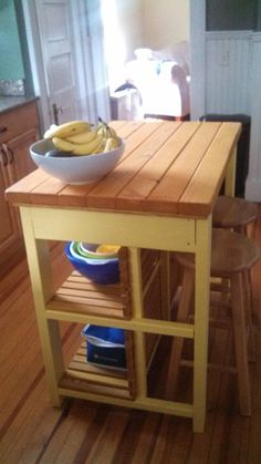 DIY apartment kitchen island.  Replace mom's island with this smaller island.