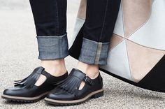 My De Beauvoir Diaries - How to wear a crisp white shirt  Styling Clarks' flat black t-bar shoes Shop: http://www.clarks.co.uk/s/griffen  #clarks #blackshoes #tbarshoes #backtoschool #anklegrazers #jeans