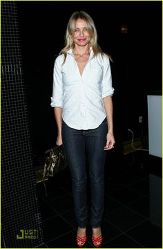 Cameron Diaz: Who Let The Dogs Out? | cameron diaz dog 13 - Photo