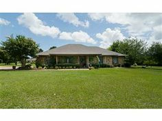Home for sale in Stonewall, LA on 2.2 acres! N156455, 3 beds, 2.5 baths, 2460SF, inground pool, HUGE workshop with kennels! Listing courtesy of ChrisHayesTeam.com, Keller Williams Realty NWLS. Call 318-773-HOME for updated pricing and to schedule a private viewing!