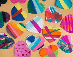 Free tutorial for these Tissue Paper Heart Valentines #novanatural