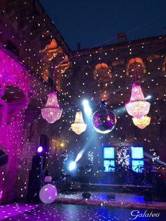 Party time @Castello di Vincigliata, Fiesole, Tuscany - Alma Project lighting Mirror Ball Led wall stage dancefloor