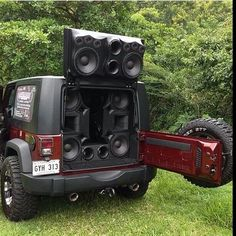 Would you? yes or no? www.jeepbeef.com _________________________________ By @subsareus #jeepbeef #jeep #subs #Padgram