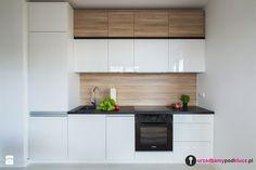 Klasyczna Kuchnia - Mała kuchnia jednorzędowa w aneksie, styl nowoczesny - zdjęcie od Urządzamy Pod Klucz