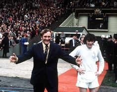 6th May 1972 - Don Revie and Eddie Gray at the end of Leeds 1-0 FA Cup win over Arsenal