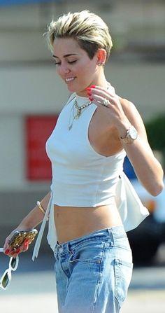 Miley Street Style