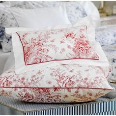 Who cares about the weather outside when spring is always there in your bedroom! Luxury Bed Sheets, Egyptian Cotton, Comfort Zone, Midnight Blue, Linen Bedding, Bed Pillows, Pillow Covers, Cottage, India