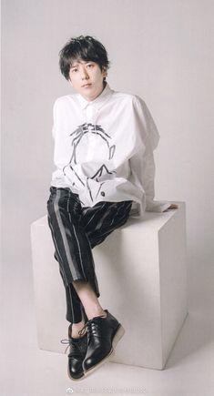 Ninomiya Kazunari, Movie Magazine, Cute Guys, Photography Poses, Boy Bands, Handsome, Normcore, Ruffle Blouse, Boys