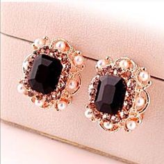Black Rhinestone Pearl Earrings Beautiful and new! Jewelry Earrings