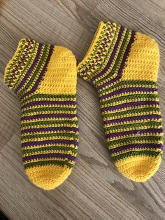 Crochet Ripple, Easy Crochet, Crochet Stitches, Crochet Baby, Knit Crochet, Sweater Knitting Patterns, Knitting Socks, Baby Knitting, Crochet Slipper Pattern