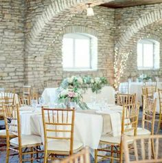 Mayowood Stone Barn | Rochester Minnesota Barn Wedding | Ceremony and Reception Venue
