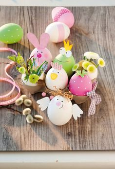 Ostern basteln Vasen aus Ei Mehr By far the most historical Easter time presents, in Egg Crafts, Easter Crafts, Diy And Crafts, Crafts For Kids, Fall Crafts, Bunny Crafts, Wooden Crafts, Thanksgiving Crafts, Summer Crafts