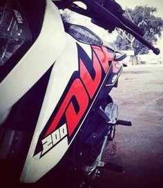 KTM DUKE 200 Ktm 200, Ktm Duke 200, Moto Wallpapers, Ktm Super Duke, Ktm Supermoto, Duke Bike, Bike Photography, Super Bikes, Dirt Bikes