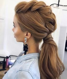 Amazing Wedding Hairstyles For Long Hair By Ulyana Aster ★ wedding hairstyle from ulyana aster volume ponytail textured on medium red hair Braided Ponytail, Ponytail Hairstyles, Pretty Hairstyles, Hairstyle Ideas, Hairstyles 2016, Mowhawk Braid, Low Ponytails, Faux Hawk Hairstyles, Hairstyle Tutorials
