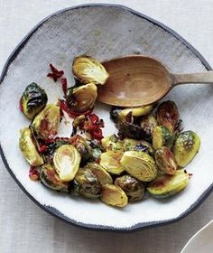 Give the sprouts a boost of sweet and spicy flavor with sliced chilies, fresh ginger, and honey. Get the recipe for Spicy Glazed Brussels Sprouts. Fall Vegetable Side Dishes, Vegetable Sides, Veggie Dishes, Food Dishes, Food Food, Veggie Food, Main Dishes, Vegetarian Recipes, Cooking Recipes
