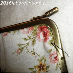 laboreandovoy: Tutorial funda con boquilla recta Coin Purse, Phone Cases, Wallet, Purses, Key Fobs, Japanese Fabric, Quilting Patterns, Drip Tip