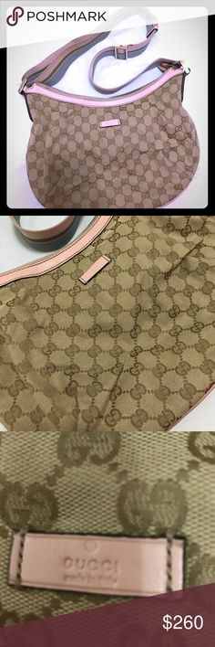Authentic Gucci purse Small cross body  purse like new condition used maybe twice come with dust bag Gucci Bags Crossbody Bags