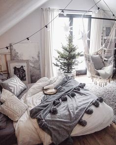 Love! ... and don't even get me started on the hammock chair! #boho_winter_decor #HammockChair