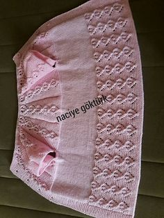 Discover thousands of images about Sayin naciye gokturk bu yelegin yapilisini lutfen aciklarmisiniz Baby Knitting Patterns, Crochet Patterns Amigurumi, Knitting For Kids, Lace Knitting, Knitting Stitches, Knit Crochet, Crochet Gloves, Baby Patterns, Baby Pullover
