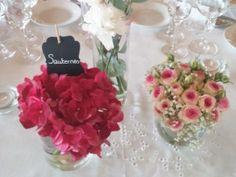 centre-de-table-rose-mariage Table Rose, Bordeaux, Table Decorations, Home Decor, Center Table, Decoration Home, Room Decor, Bordeaux Wine, Home Interior Design