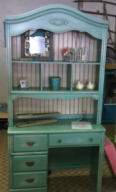 Turquoise desk with hutch shabby'd up and antiqued. New bead board and faux vintage hardware is the perfect thing to finish this piece. Refurbishing Furniture, Recycled Furniture, Furniture Upholstery, Paint Furniture, Custom Furniture, Furniture Ideas, Hutch Redo, Desk Redo, Hutch Makeover