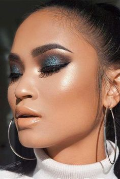Sexy Makeup Ideas for Valentines Day ★ See more: glaminati.com/...