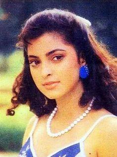. Actress Anushka, Bollywood Actress, Most Beautiful Indian Actress, Beautiful Actresses, Juhi Chawla, Aamir Khan, Bollywood Stars, Indian Beauty, Vintage Looks