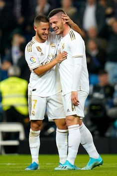 Real Madrid Team, Real Madrid Football, Best Football Players, Good Soccer Players, Eden Hazard, Fifa, Real Madrid Wallpapers, Soccer Guys, Sports Images