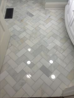 Herringbone marble Bathroom floor