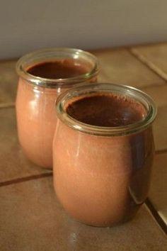 Découvrez la recette crème au chocolat lait de soja testée et approuvée par Crêpeauplafond.fr, le nouveau site de recettes originales !