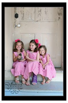 family photo ideas... kid photography ideas and inspiration. Take the photos yourself and have pictricks.com edit them!