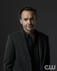 Paul Blackthorne - Detective Lance (Arrow) -- Photo: Kharen Hill/The CW --  2012 The CW Network. All Rights Reserved