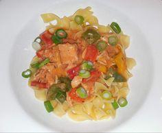 Paprika-Hähnchen-Geschnetzeltes zu Bandnudeln von Luicha auf www.rezeptwelt.de, der Thermomix ® Community