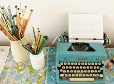 Ao anotar ideias novas todos os dias, será mais fácil tornar-se em alguém que consegue criar algo novo em qualquer situação, sobre qualquer assunto.